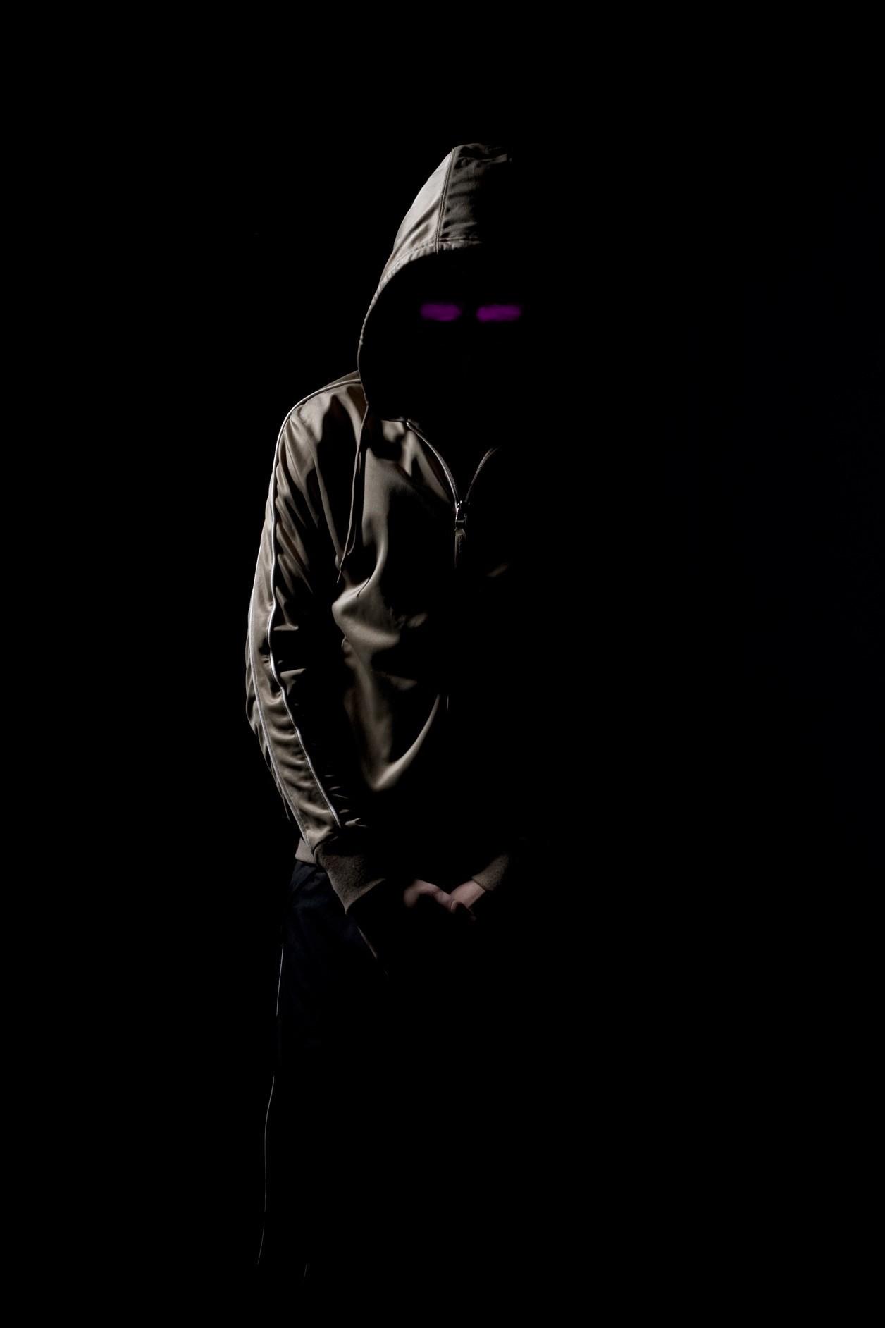 Фото парней со скрывающим лицом 17 фотография