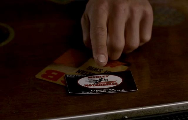 File:Marcus leaves a card.png