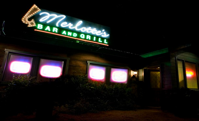File:Merlottesbargrill.png
