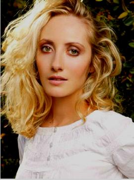 Daniellejames