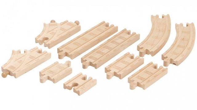 File:WoodenRailwayBeginner'sExpansionPack.jpg