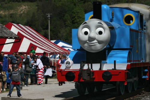File:ThomasReplicainOhio.jpg