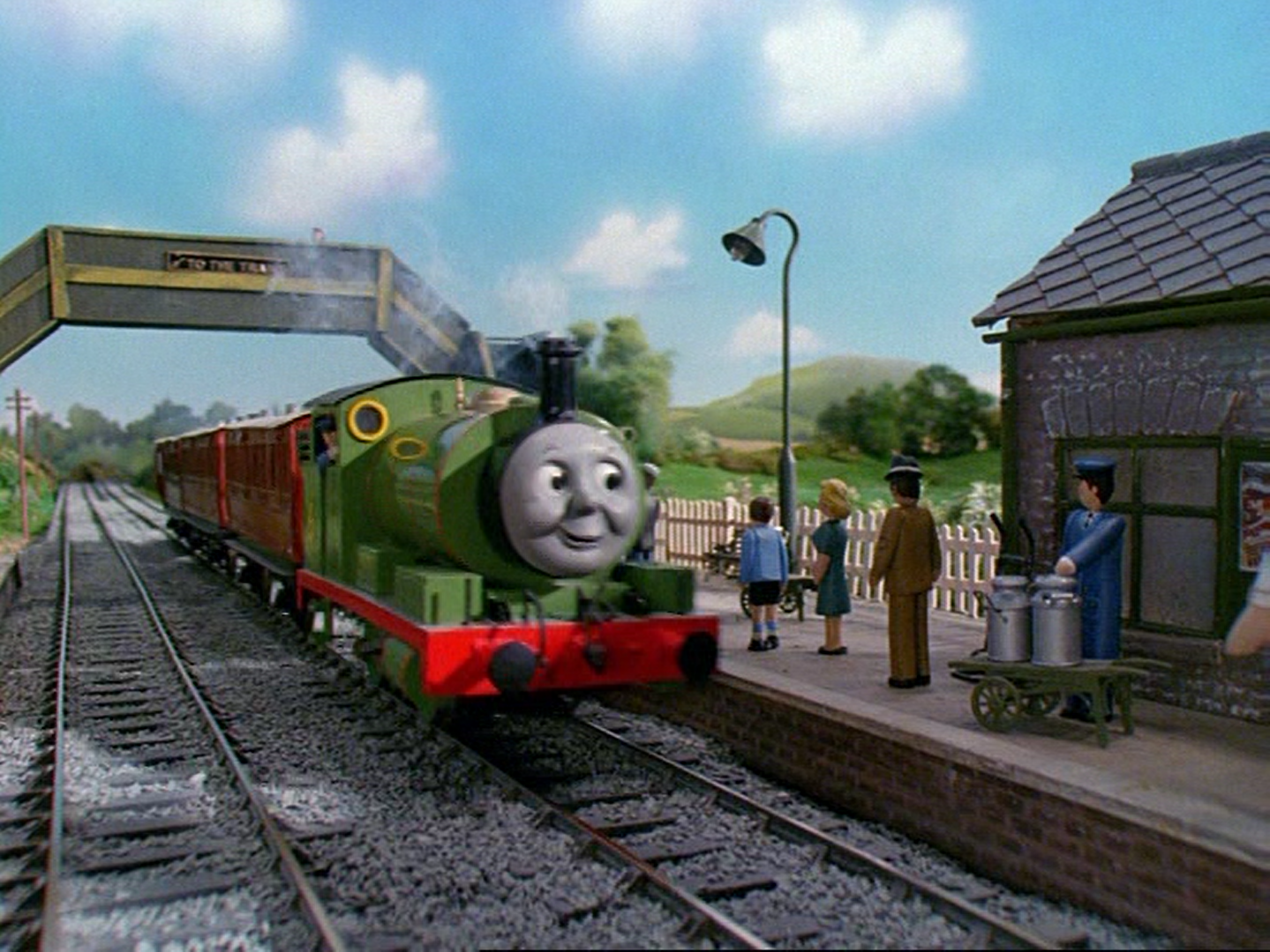 File:Thomas,PercyandthePostTrain53.png