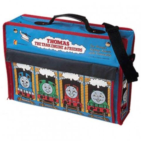 File:WoodenRailwayOriginalThomasCarryBag.jpg