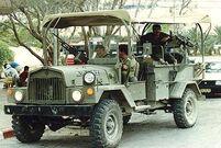 M325 command car