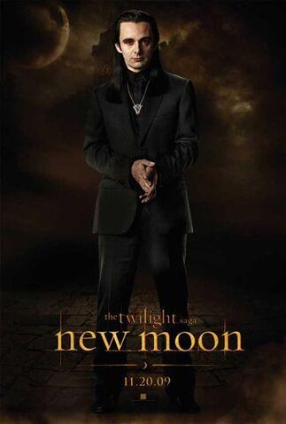 File:Twilight-2-New-Moon-Aro.jpg
