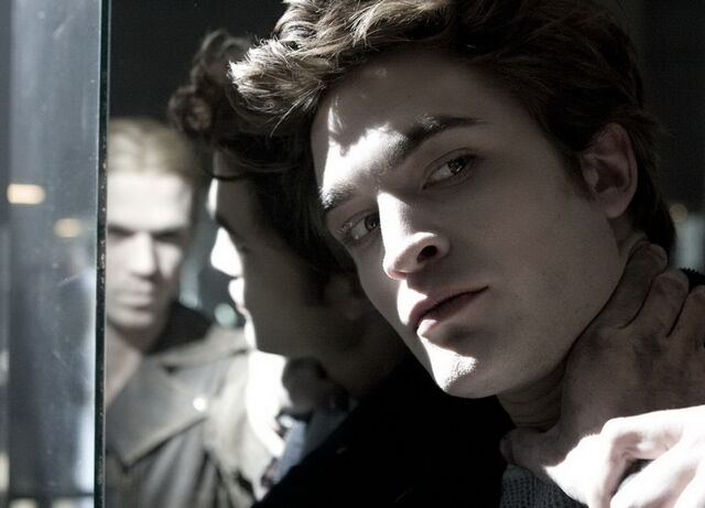 File:Edward is fighting with James.jpg
