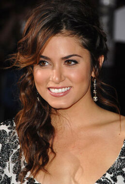 1125-nikki-reed-hair bd