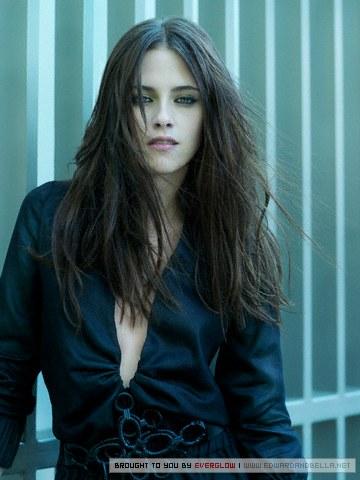 File:Vampire-Bella-bella-swan-3683210-300-379.jpg