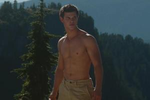 File:Jacob Black looks SO HOT WHEN HE IS SHIRTLESS!!!!.jpg