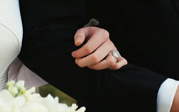 File:Kristen-stewart-ring-1.jpeg