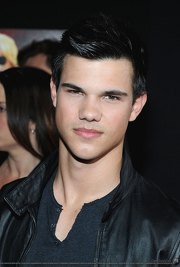 Taylor Lautner...So DREAMY and HOT!!