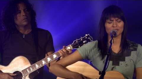 "Tinsel Korey performing ""Letter"""