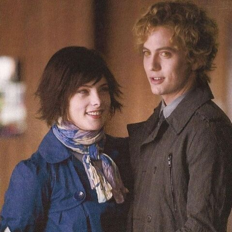 File:Alice&Jasper2.jpg