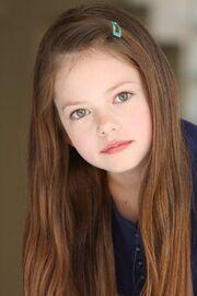 Mackenzie-Foy-aka-Renesmee-Cullen-twilight-series-15910565-300-450