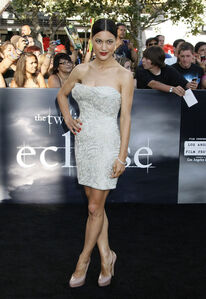 Julia-Jones-Eclipse-Premiere
