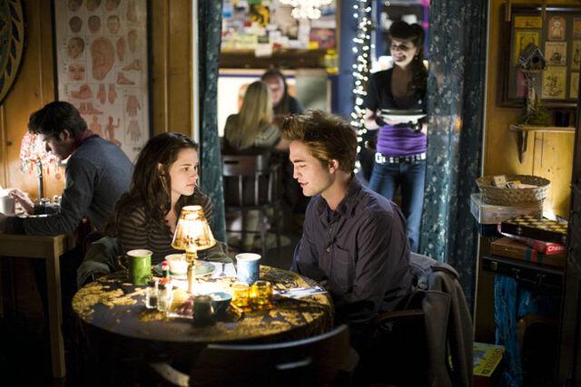 File:Twilight (film) 12.jpg