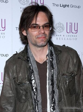 File:TodoTwilightSaga - Billy Burke 01.jpg
