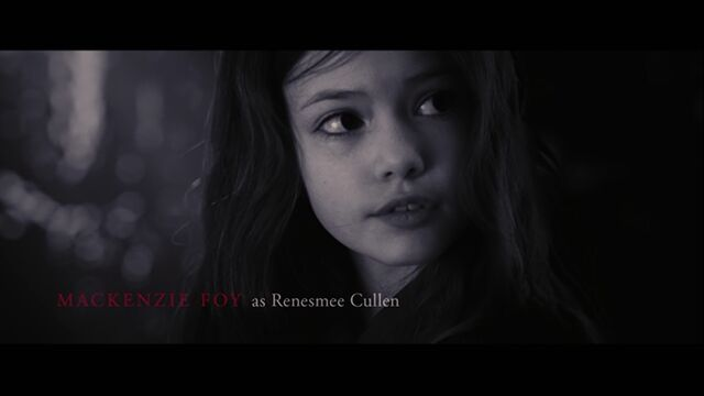 File:Mackenzie Foy as Renesmee Cullen.jpg