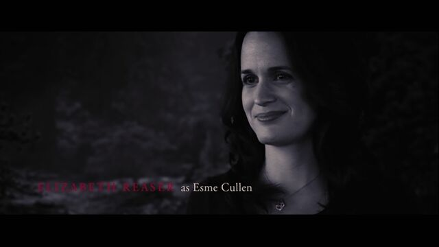 File:Elizabeth Reaser as Esme Cullen.jpg