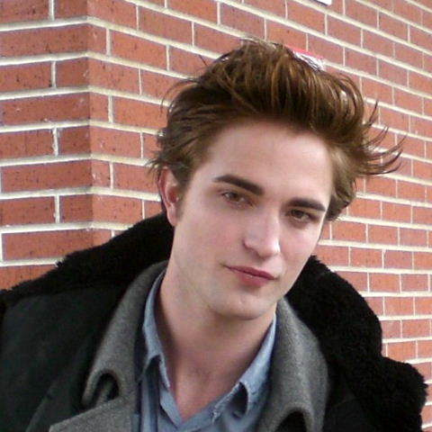 File:Robertpattinson2.jpg
