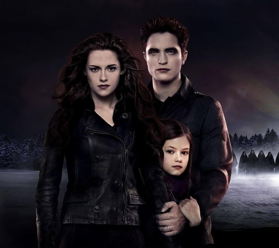 Image - Bella edward renesme.jpg | Twilight Saga Wiki ... Vampire Twilight 5