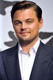 Leonardo-DiCaprio-en-2013 portrait w858