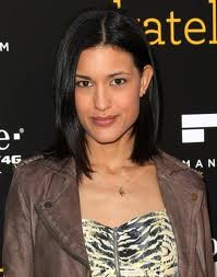 File:ImagesCA8KDUVS-julia jones.jpg