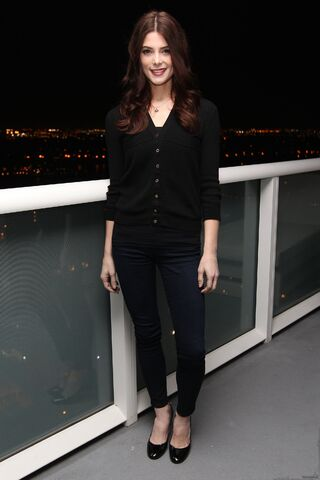 File:TodoTwilightSaga - Ashley Greene 08.JPG