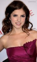 Gallery main-anna-kendrick-hamilton-awards-photos-11092009-01