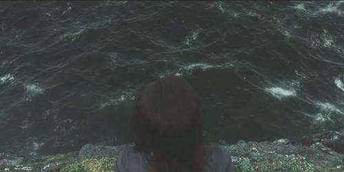 File:Ocean-new-moon.jpg