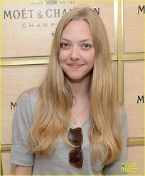 Amanda-seyfried-us-open-ice-cream-cone-02