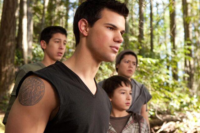 File:Twilight-Breaking-Dawn-Part-2 06.jpg