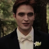 File:Robert-Pattinson-Talking-About-Breaking-Dawn-Wedding-Scene-Video.jpg