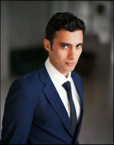File:Arash-modeling-Hannes-Caspar2.jpg
