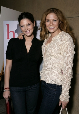File:Ashley Greene & Rachelle Lefevre.jpg