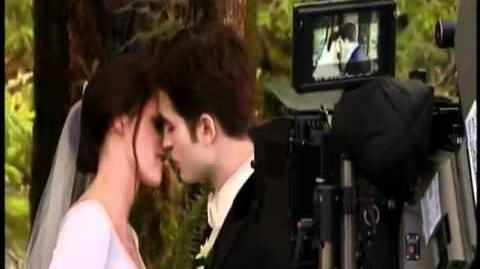 Breaking Dawn~ Bloopers bits! (part 1)