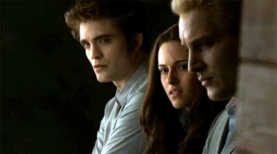 File:Twilight-saga-eclipse-robert-pattinson-kristen-stewart-worried1.jpg