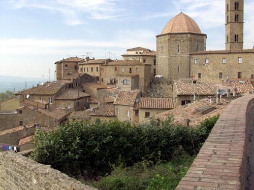 File:Volterra .jpg