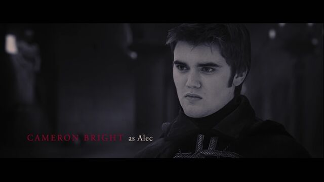 File:Cameron Bright as Alec.jpg