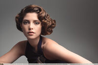 -0092093-ashley-greene