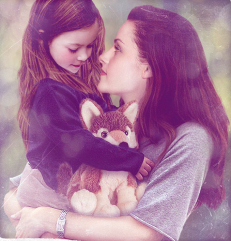 File:Renesmee.and.bella.png