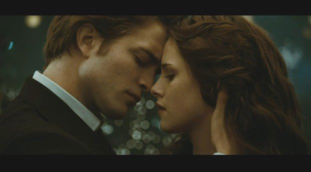 File:Edward-bella.jpg