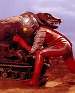 Dinosaur Tank v Ultraseven
