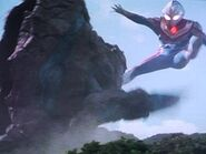 Geomos vs Ultraman Dyna