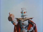 Ultraman King uses his King Hammer to grown Leo