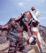 Alien hipporito v Ultraman ace