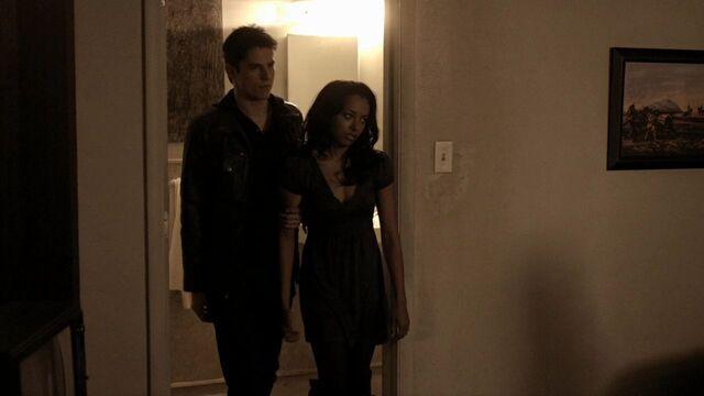 File:Bonnie - 1x14.jpg