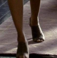 File:2x01 Sandals.jpg