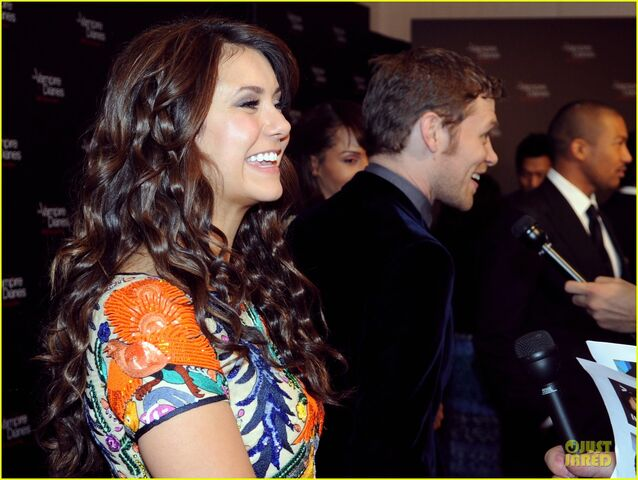File:Ian-somerhalder-nina-dobrev-vampire-diaries-100th-episode-celebration-06.jpg